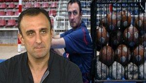"""Xesco Espar, Campeón de Europa en su primer año como entrenador. Autor del Libro """"Jugar con el Corazón. La excelencia no es suficiente"""""""
